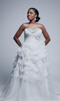 wedding-feferity-wedding-dress-pictures-in-nigeri-003