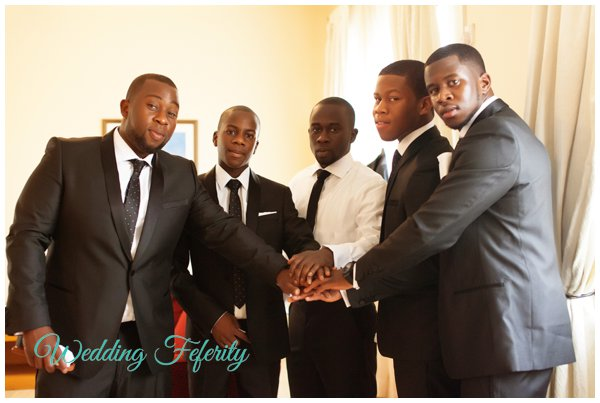 groomsmen-in-tuxedos-pictures