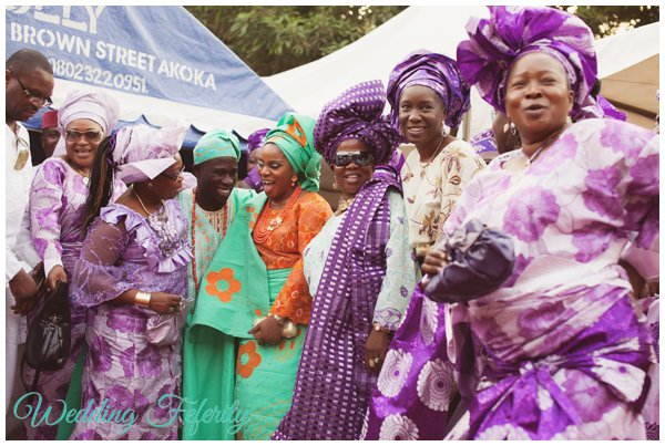 purple-aso-ebi-pictures-wedding