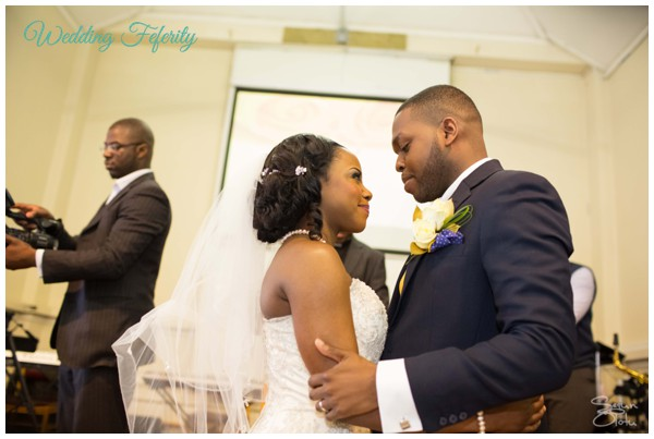 nigerian-wedding-pictures-wedding-feferity-abi-tobi 600x403-003