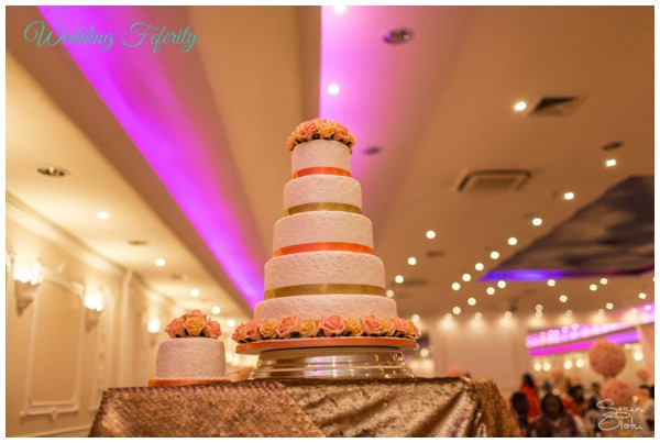 wedding-cake-pictures-nigerian-wedding-abi-tobi 600x403-008