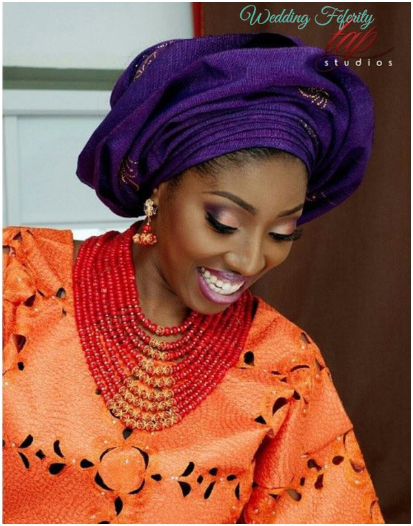 yoruba-bride-purple-orange-lace-aso-oke-wedding-feferity
